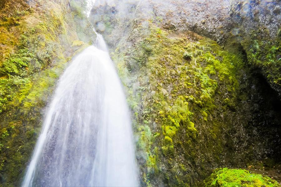 Wakeena waterfall in Oregon