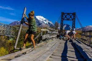 Rebuilding-a-Patagonia-Bridge