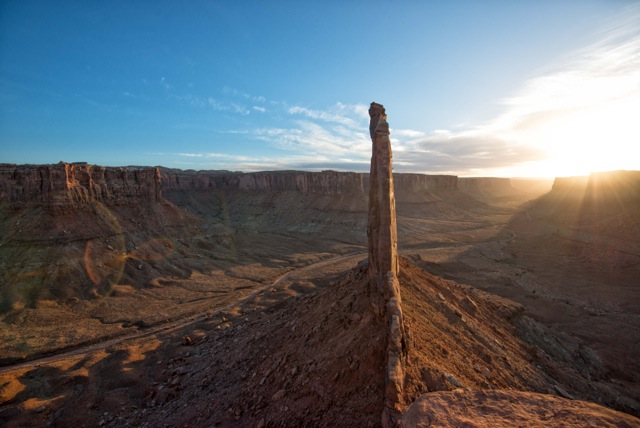 Andy Mann of 3 strings productions shares a photo of sunset in the canyonlands near Moab, Utah while using a Mountainsmith camera bag