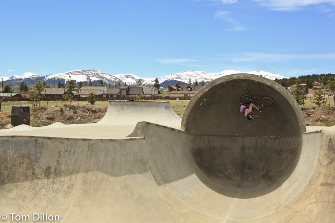 Danny Bovee gets upside down in the capsule at the edwards, co skate park
